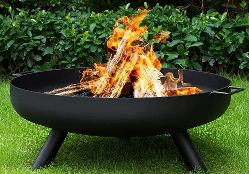 Chimenea-de-tazón-para-quemar-leña-al-aire-libre